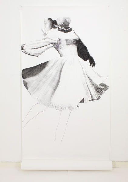 Marli Turion, Dans 2, 2014 houtskool/pastel op papier 240X 125 cm cm