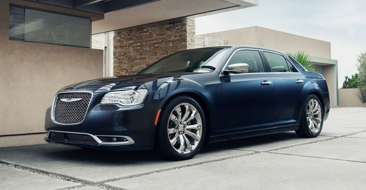 Because a transverse 5.7 or 6.4 liter V8 would fit under the hood of the upcoming 2018 Chrysler 300, it is pretty safe to assume that the car will not be featuring any V8.