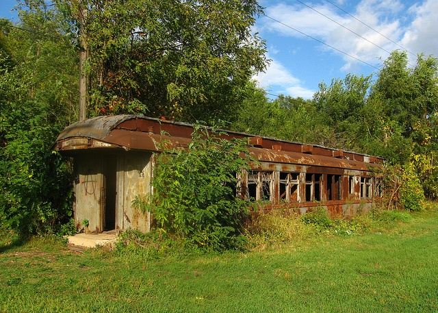 How Amazing And Sad This Deserted Diner Between Lasalle Peru Illinois