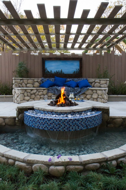 41 best images about fire pit on pinterest water for Award winning patio designs