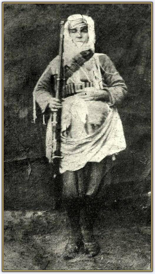 Maraş'ın Fransız işgalinden kurtuluşunda mücadele eden kadın kahramanlarımızdan Senem Ayşe (1920)
