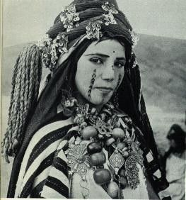Jeune fille kabyle