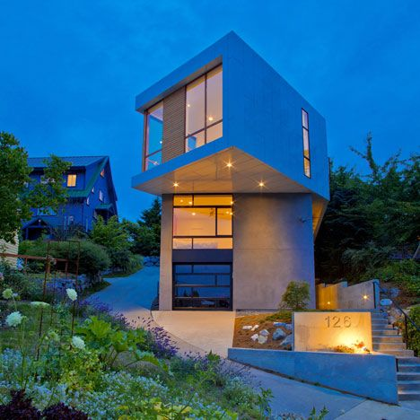 110 best images about cantilevers on pinterest for Small japanese house design in tokyo by architect yasuhiro yamashita