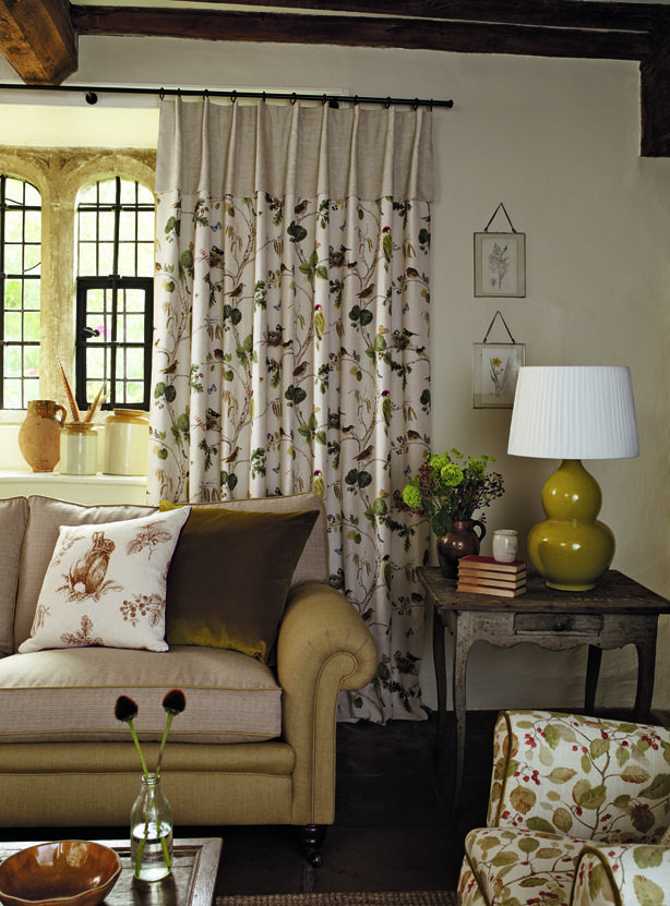 Sanderson | Fabric 'Woodland Chorus' | Walcot House | Black metal 19mm curtain pole | Living room design