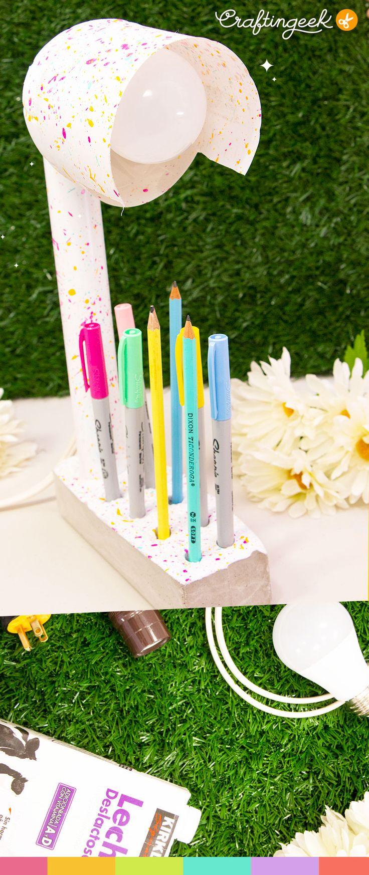 Lampara con materiales reciclados Diy Arts And Crafts, Hobbies, Creative, Crayons, Minis, Design, Adidas, Random, School