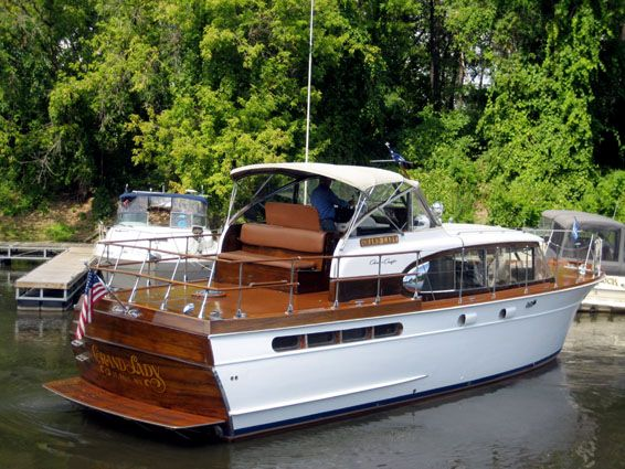 1959 42' Chris Craft Constellation
