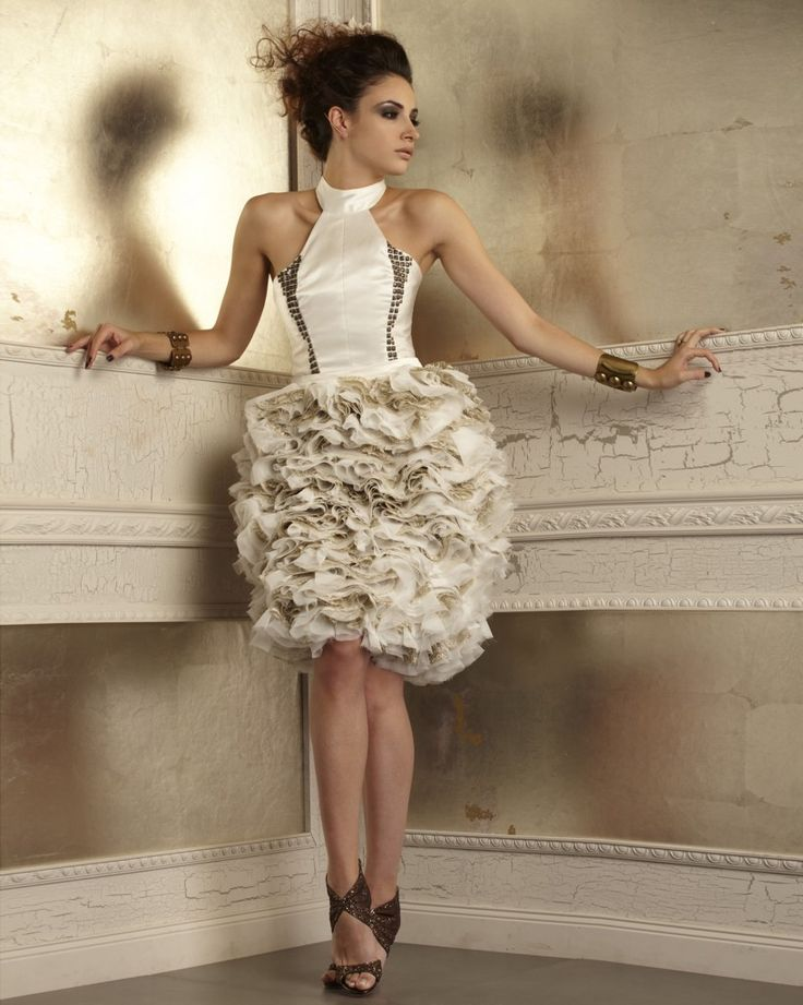 Bridal Fashion Week: Della Giovanna Launches Fall 2014 Collection - Blackbride.com For the edgy bride! Cute reception dress as well!
