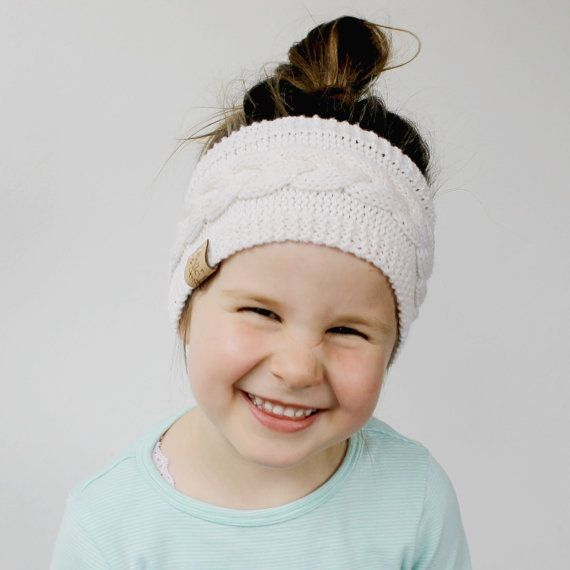 KNITTING PATTERN - The Kalie Ear Warmer  *** INSTANT DOWNLOAD - PDF Knitting Pattern *** This listing is for the *** PDF PATTERN ONLY *** not