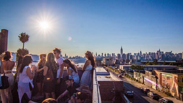 Best things to do in Williamsburg, Brooklyn from bowling to trivia