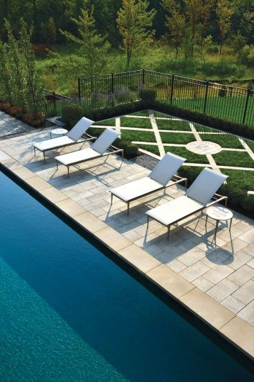 Contemporary Pool Deck with Umbriano Paver