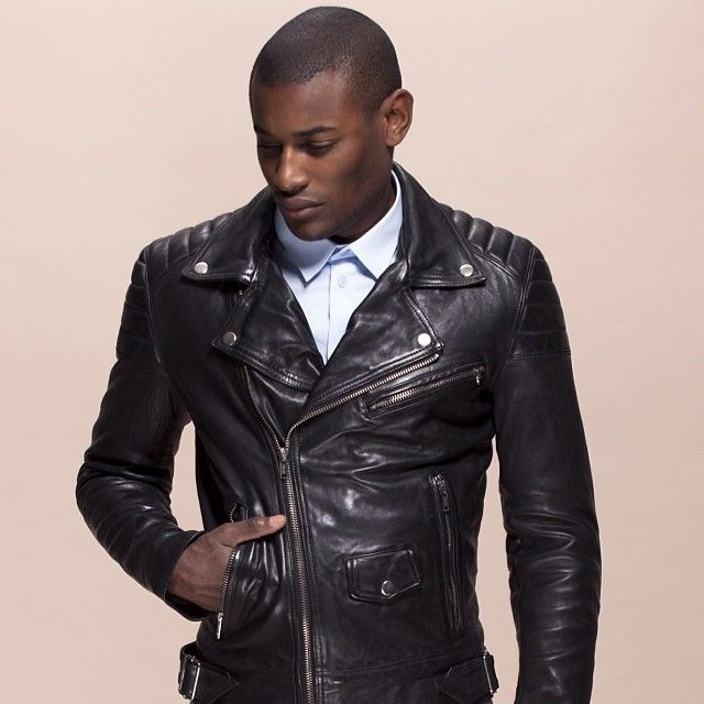 how to wear black leather jacket men
