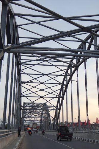Jembatan Kademangan