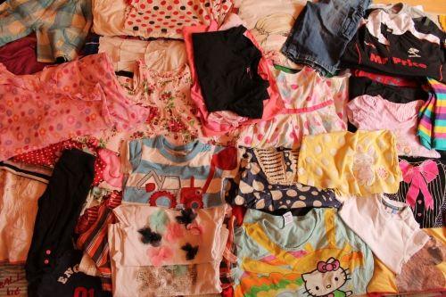 10 kg Extra ruha csomag,minimális 1.osztállyal,nyári gyerek mix. Divatos,márkás ruhák. 1.900 Ft/Kg Összesen:19.000 Ft+1.250Ft postaköltség       Csomag azonosító szám:11  http://www.minivarazs.hu/nagykereskedes_214/10_kg_extra_ruha_csomag_881