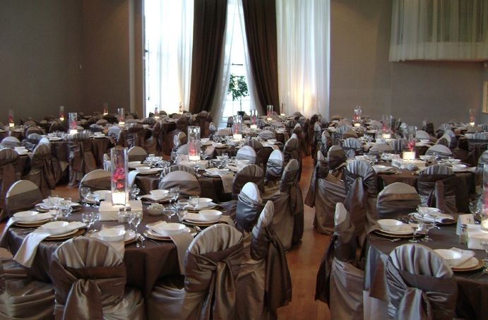 How gorgeous is this wedding set-up? Planning your big day? Let Burnaby Hall help. http://www.burnabyhall.com/contact/