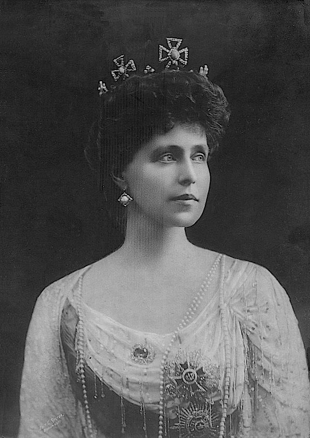 Queen Marie of Romania. Daughter of prince Alfred, granddaughter of queen Victoria.