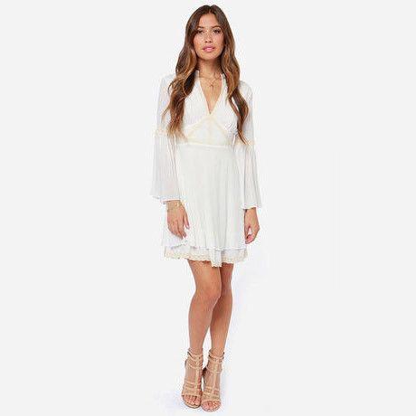 Sexy V-Neck A-Line Silhouette Empire Waistline Flare Full Sleeve Mini Dress