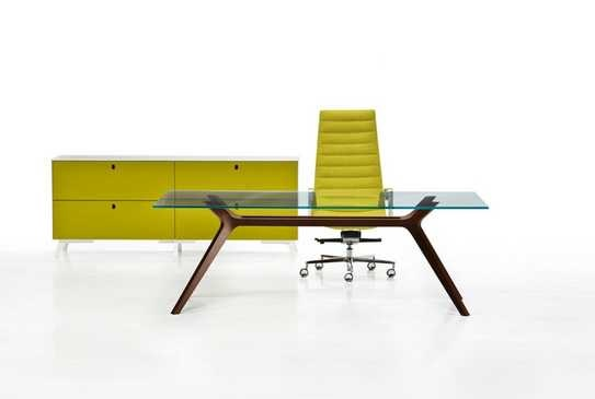 Dr executive desk, design Claudio Bellini