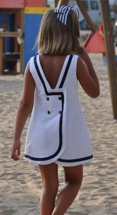 Robe tendance black and white