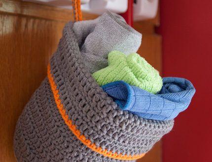Crochet Hanging Baskets – FREE patterns!