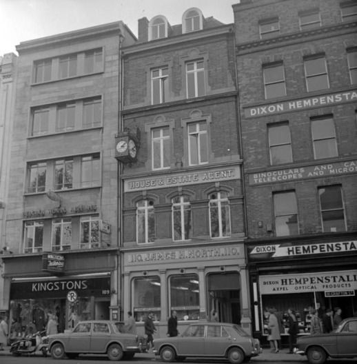 Shopfronts of Grafton Street, 1960s. Via The Journal and Dublin City Public Library & Archive.