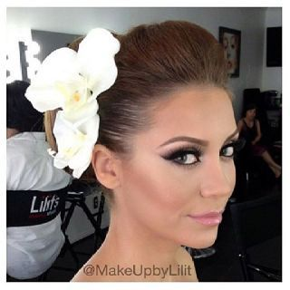 Beautiful wedding day makeup.