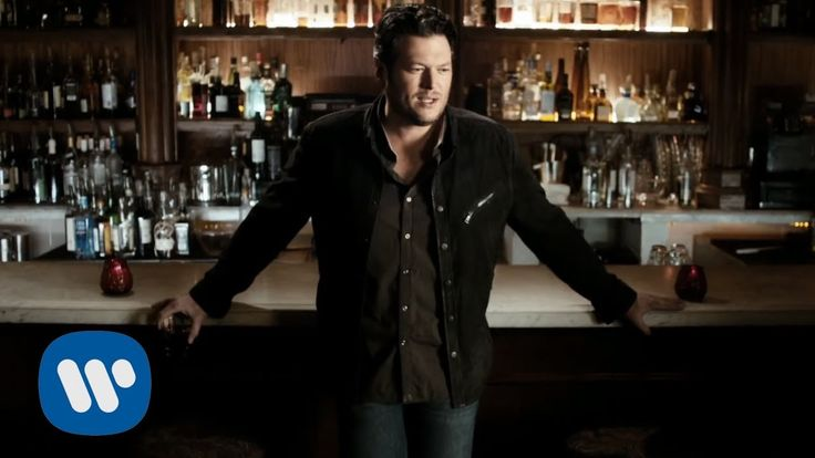 Blake Shelton - Sure Be Cool If You Did (Official Music Video) I remember singing this in the kitchen on vaca with you Lara. :)