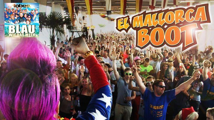 """Das El Mallorca Boot auf dem Bodensee/Friedrichshafen. Mit Tobee und seinem Hit von den Ballermann Hits 2014 """"Blau wie das Meer"""". Tobee, für MallorcaHitsTV als Moderator in der Party Menge. Die Videos vom Live Auftritt gibt´s ebenfalls auf unserem Kanal. Woah – was für eine Party auf der Euregia Fähre! Völlig ausverkauft und Leute, die Party machen als gäbe es kein Morgen. http://mallorcahitstv.de/2014/06/el-mallorca-boot-2014/"""