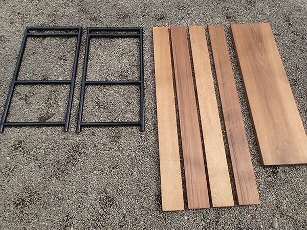 DIY breakdown of wood and metal pipe collapsible camping table - I want to make these sooooo bad!!