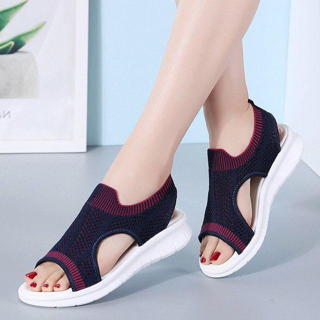 Flying Woven Soft Bottom Flat Sandals