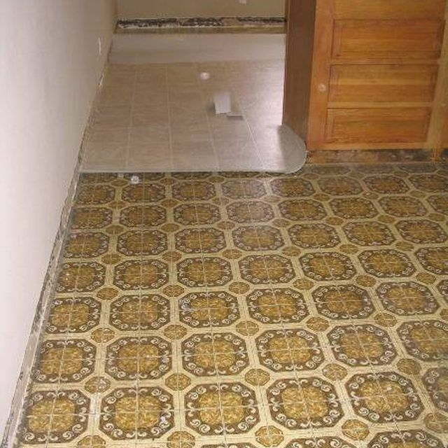 How To Remove Yellow Discoloration From Vinyl Flooring