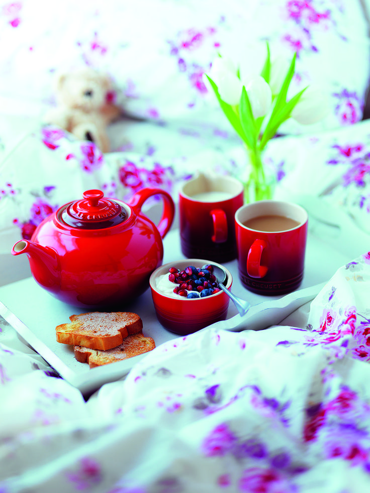 Breakfast in bed - Le Creuset Cerise Stoneware