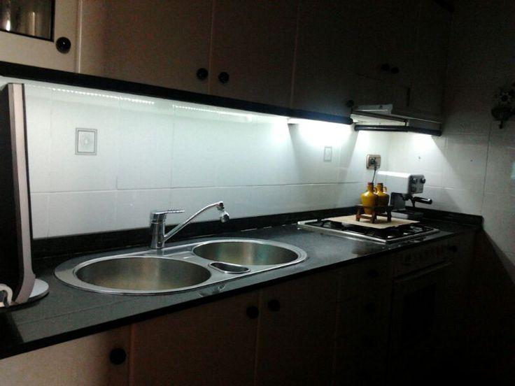 M s de 25 ideas incre bles sobre iluminar cocina con leds - Iluminacion led malaga ...