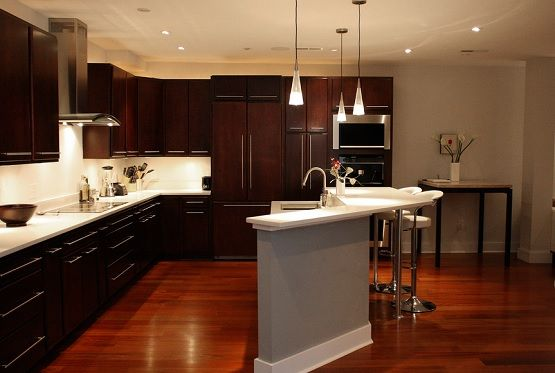 Brazilian cherry laminate flooring in kitchen