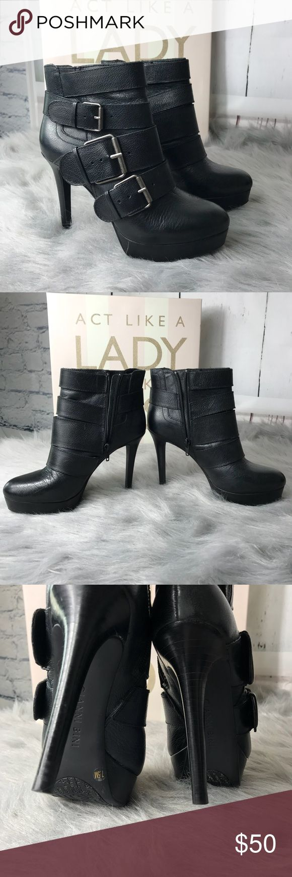 Gianni Bini Heeled Platform Booties Gianni Bini Heeled Platform Booties Buckle Detail Side Zipper Size 7.5 Excellent Good Condition No Trades No Box Gianni Bini Shoes Heeled Boots
