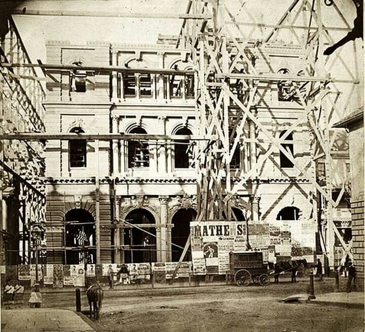 Construction of the General Post Office in Sydney in 1870.The wagon of the photographer,Charles Pickering can be seen in the photo.Photo from The National Archives of the United Kingdom.A♥W