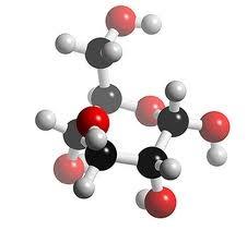 03 - Glúcidos energéticos - Los mono y disacáridos, como la glucosa, actúan como combustibles biológicos, aportando energía inmediata a las células; es la responsable de mantener la actividad de los músculos, la temperatura corporal, la presión arterial, el correcto funcionamiento del intestino y la actividad de las neuronas. Los glúcidos aparte de tener la función de aportar energía inmediata a las células, también proporcionan energía de reserva a las células.