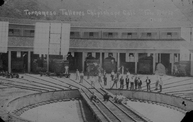 Antiguos talleres del ferrocarril, hoy centro comercial chipichape