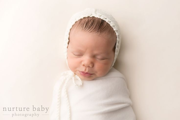 Minimal newborn photography www nurturebabyphotography com travel and photography pinterest newborn photography maternity portraits and photography