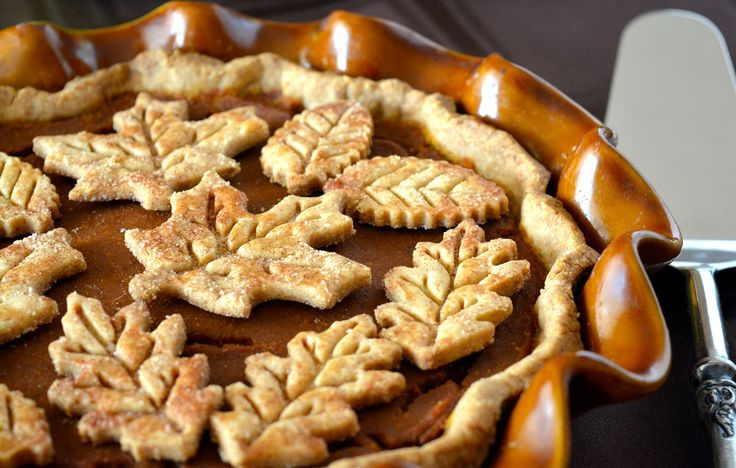 Classic Pumpkin Pie with Gluten-Free Flaky Crust. Free of gluten ...