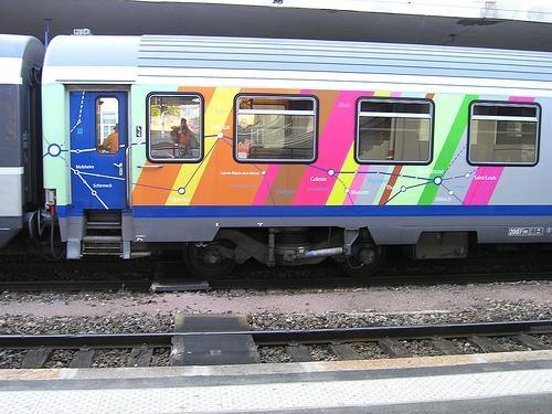 Détails de pelliculage des TER Alsace - Vu sur le site http://train-ho.e-monsite.com