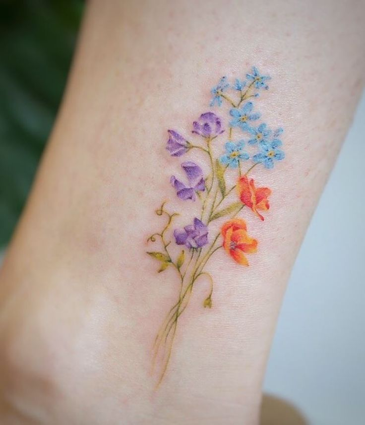 10 Floral Tattoo Artists You Could Trust Your Skin To: 40 Fantastic Pastel Tattoos From Amazing Tattoo Artist G