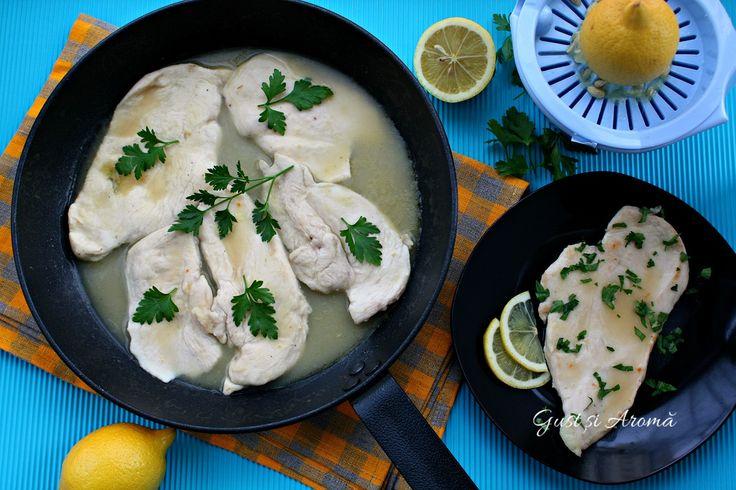 Piept de pui în sos de lămâie - Gust și Aromă