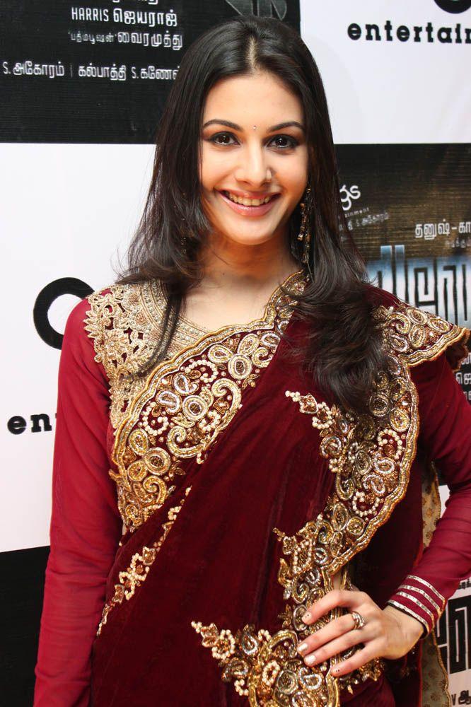 Amyra Dastur at Anegan Music Launch