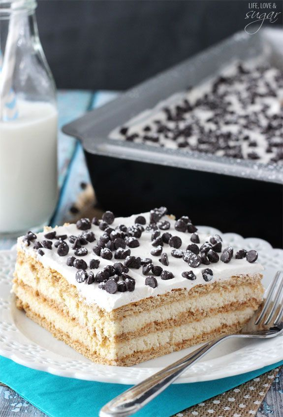 Cannoli Poke Cake - layers of cannoli filling and graham crackers make this an easy way to enjoy cannoli's without all the work!
