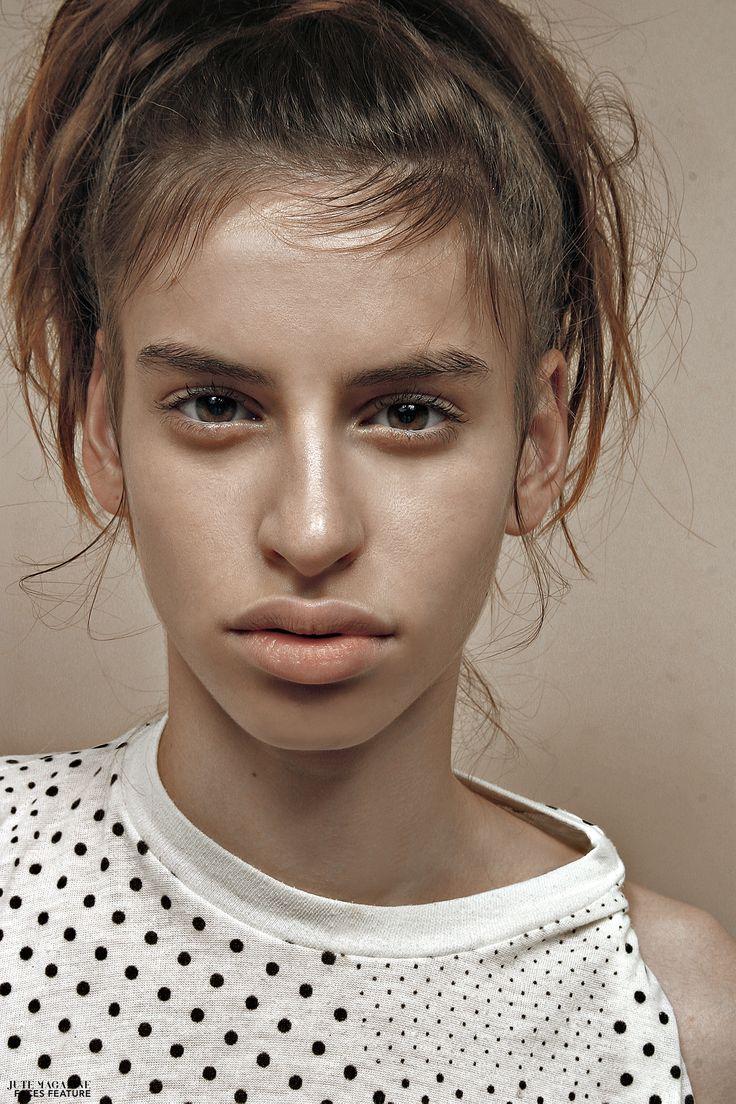 Mea+photographed+by+Krisztian+Lonyai