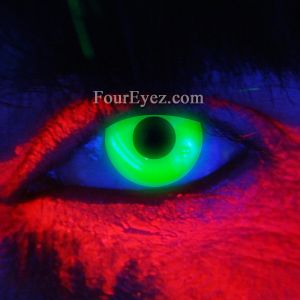 Green Ultra Violet Contact Lenses for parties and clubs.