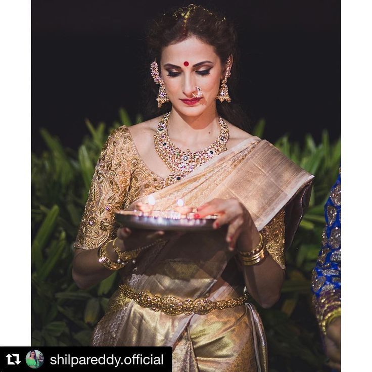 Shilpa Reddy Designer Outfit Collection Shilpa Reddy is a famous model, fitness expert, fashion designer and also a nutritionist. She is a winner of