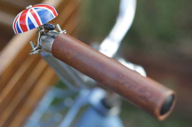 Egriders retro style bikes vintage bicycle handmade leather accessories english legend UK England