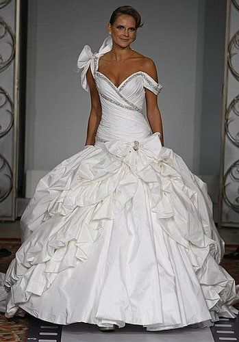 Best kleinfeld wedding trumpit and mermaide dresses