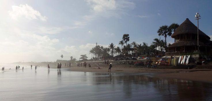 Finns Beach Club – Our favorite beach club in Bali